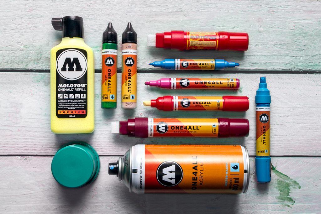 Produkty značky MOLOTOW™